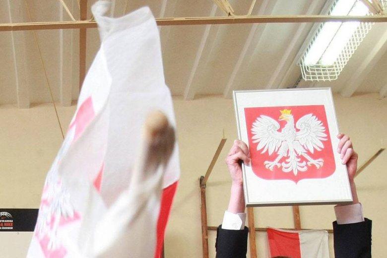 """Decyzja o puszczeniu """"Roty"""" w dzień języka niemieckiego wywołało spore kontrowersje."""