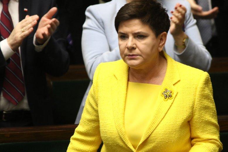 Dymisja Szydło to misterny plan Kaczyńskiego, żeby wygrać wybory do PE? Nic z tych rzeczy.