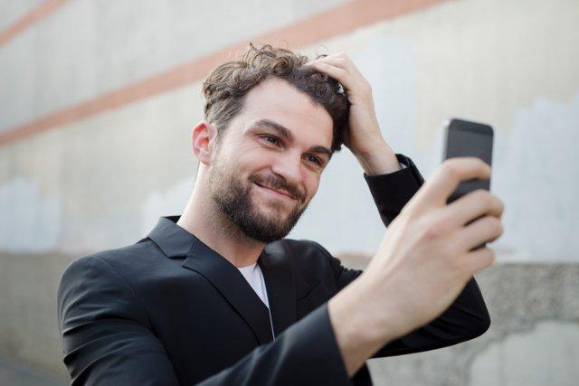 Michał Kędziora nie do końca zgadza się z opinią psychologów. Według niego niezależnie od selfie mężczyźni zaczęli o siebie bardziej dbać.