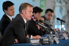 Na pierwszym planie Marcin Herra, prezes spółki PL.2012