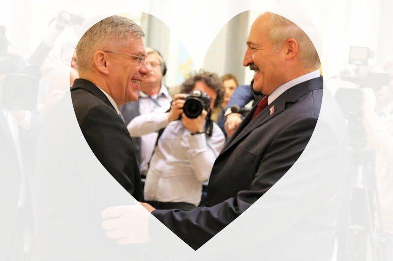 """Marszałek Senatu Stanisław Karczewski stwierdził, że białoruski dyktator Aleksander Łukaszenka to """"ciepły człowiek""""."""