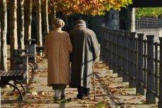 Grypa potrafi być szczególnie niebezpieczna dla seniorów.
