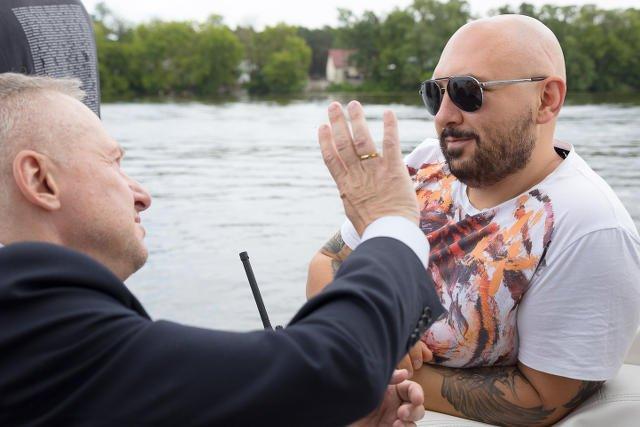 """Patryk Vega i Bogłusław Linda na planie filmu """"Pitbull. Nowe porządki"""""""
