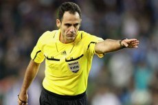 Hiszpański sędzia Carlos Velasco Carballo będzie sędzia meczu Polska - Grecja