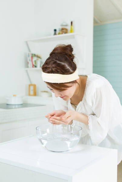 Azjatki dużo uwagi przywiązują do oczyszczania skóry