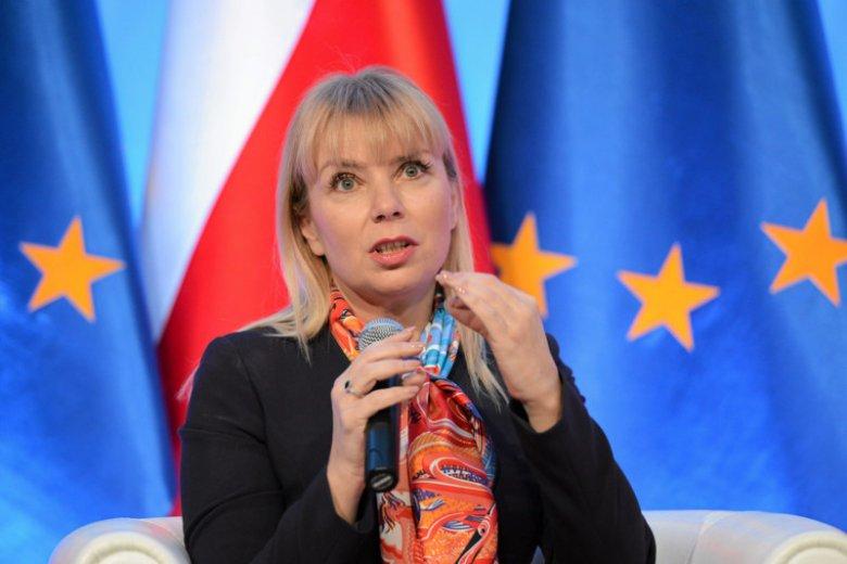 Elżbieta Bieńkowska fatalnie ocenia nasze relacje z Unią Europejską.