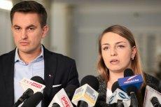 Kinga Gajewska i Arkadiusz Myrcha wzięli ślub. Skandalicznie odnotowano to w TV Republika.