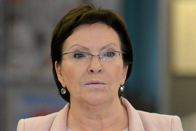 """Ewa Kopacz zachwala Donalda Tuska. """"Nie widziałam bardziej walecznego premiera w historii Polski"""""""