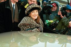 Aktorka Jane Seymour pojawiła się w 1997 roku w Warszawie, by wręczyć nagrodę Przeglądu Reader's Digest.