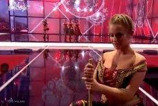 Występ Cleo i Donatana komentowano głównie za sprawą dziewczyn z szerokimi dekoltami.