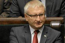 Poseł Pięta (PiS) chce, by przed Konstytucją chronili go policjanci.