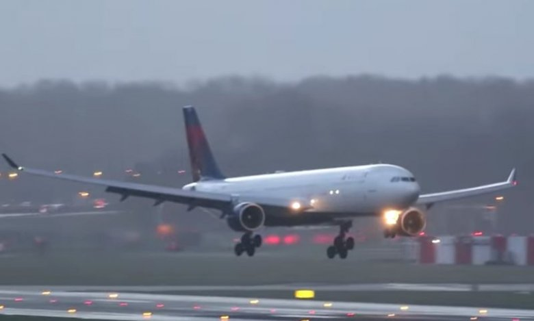 Niektórzy piloci na lotnisku Schiphol w Amsterdamie mieli niemałe problemy z wylądowaniem.