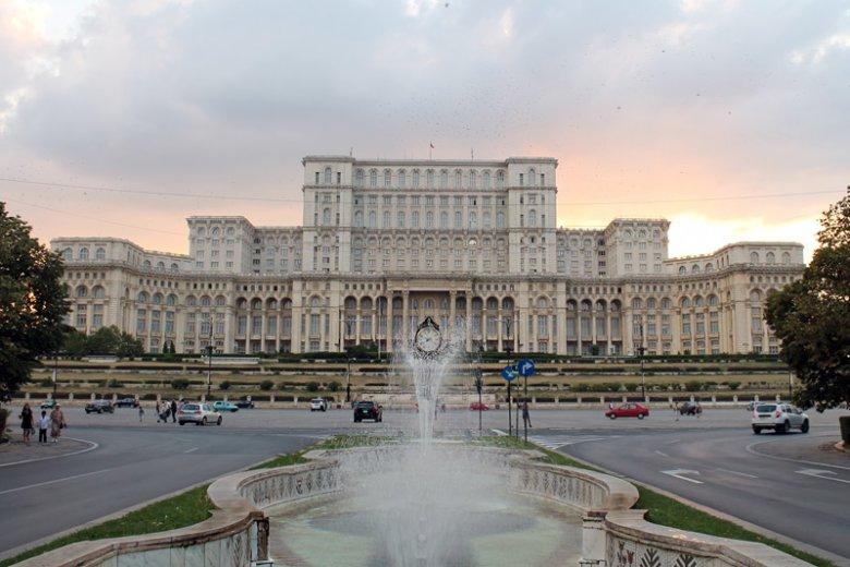 Do Bukaresztu polecimy z Warszawy w godzinę i 40 minut.