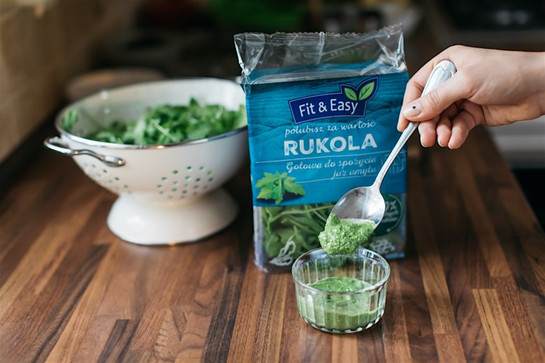 Pesto rukolowe to świetne rozwiązanie dla wszystkich tych, którym znudziło się już w wersji tradycyjnej.