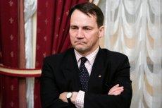 Radosław Sikorski znów odleciał.