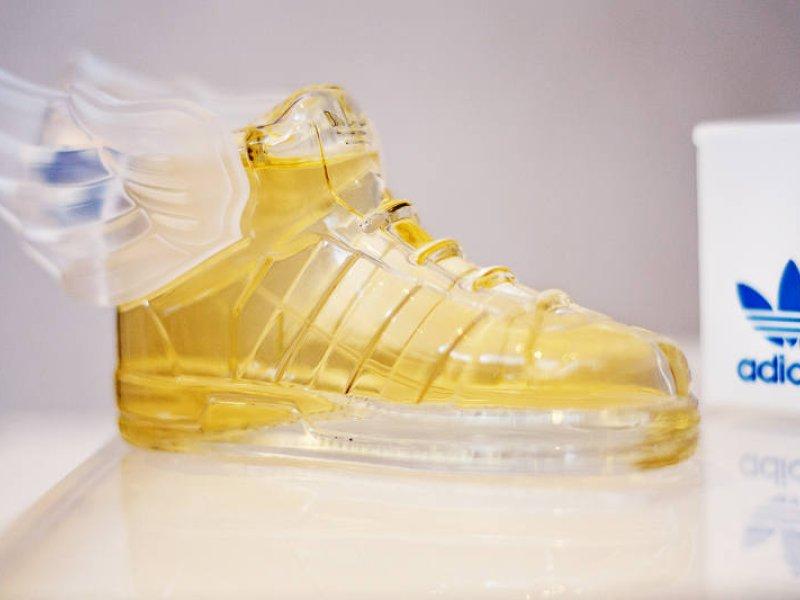 725fc910ef205 Kolekcjonerski zapach dla niej i dla niego: Adidas Originals by Jeremy Scott  | naTemat.pl
