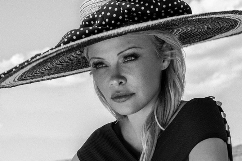 Pamela Anderson zaangażowała się w politykę europejską.