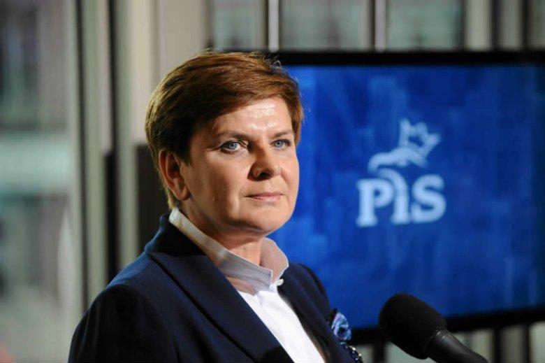 Beata Szydło pomogła PiS wygrać wybory, teraz może odejść? Prawicowe media donoszą, że nie zostanie premierem.
