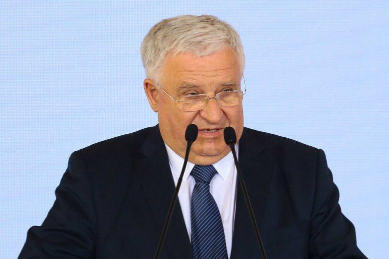 Kazimierz Kujda, szef NFOŚiGW, podał się do dymisji - ustaliło nieoficjalnie RMF FM. Stało się tak w następstwie ujawnienia informacji ze zbioru zastrzeżonego o jego współpracy z SB.