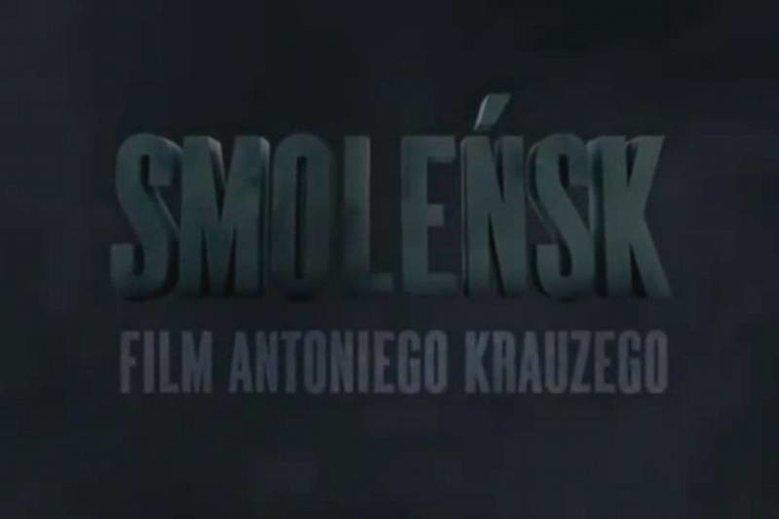 """Ambasady mają organizować projekcje filmu """"Smoleńsk"""", by uczcić rocznicę katastrofy."""