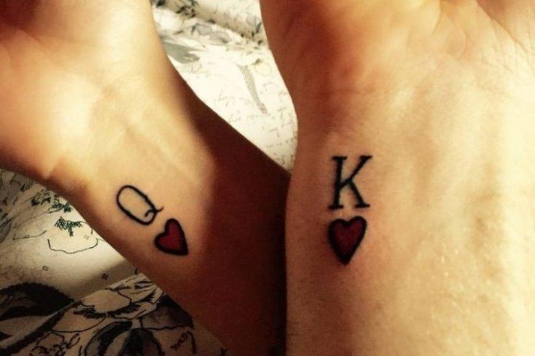 Król i Królowa to częste motywy w tatuażach ślubnych