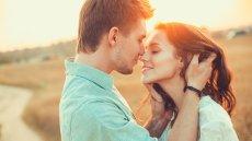 Nie ma takiego związku, który nie mógłby być lepszy. Oto co się stanie kiedy małżeństwo odpowie na 36 pytań do miłości.