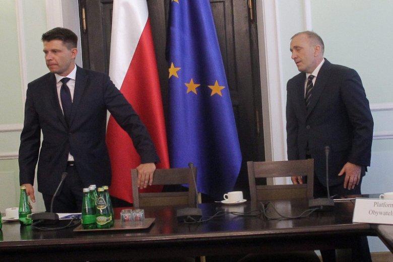 Ryszard Petry i Grzegorz Schetyna to dwóch całkiem innych liderów. Teraz muszą współpracować, żeby pokonać PiS. Tylko czy to się uda?