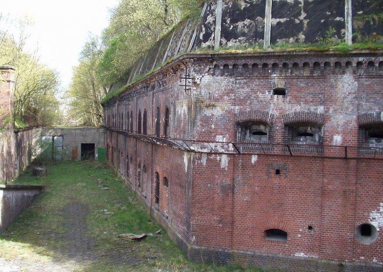 Fort XI w Twierdzy Toruńsłużył za fragment obozu w czasach, kiedy rządzili nim Niemcy