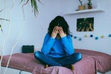 Zaburzeniom i chorobom psychicznym często towarzyszy izolacja.