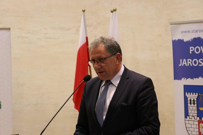 To starosta jarosławski Tadeusz Chrzan miał dostać propozycję oddania mandatu na rzecz Stanisława Piotrowicza.