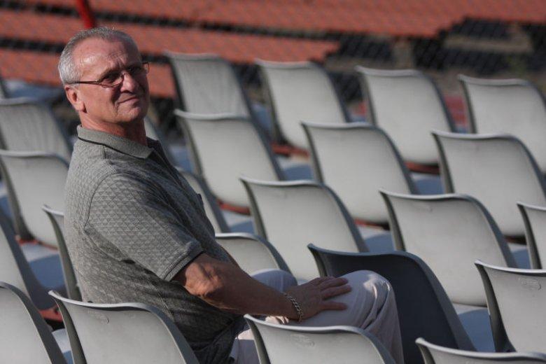 Leszek Tillinger do niedawna był prezesem Polonii Bydgoszcz, wcześniej działaczem klubu, a jeszcze wcześniej piłkarzem. Teraz ma mieć obniżoną emeryturę, bo okazało się, że podpada pod ustawę dezubekizacyjną.