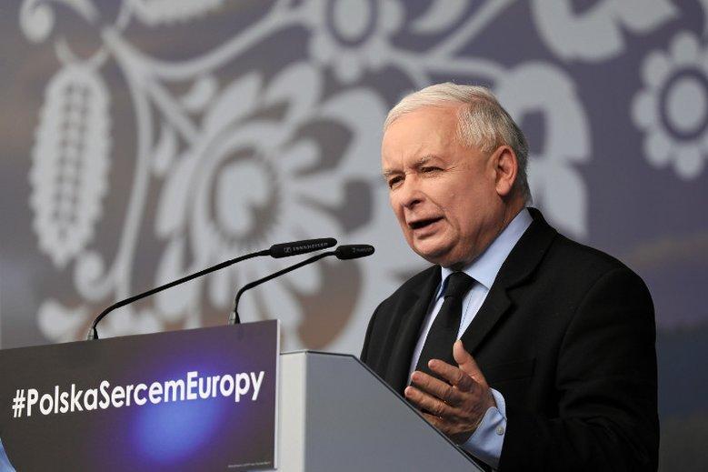 Jarosław Kaczyński zapowiada zwiększenie kary dla pedofilów do 30 lat bezwzględnego więzienia.