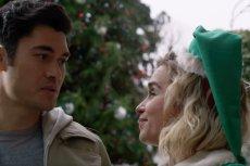 Emilia Clarke wciela się w rolę Kate, która pracuje jako elf w sklepie ze świątecznymi gadżetami.