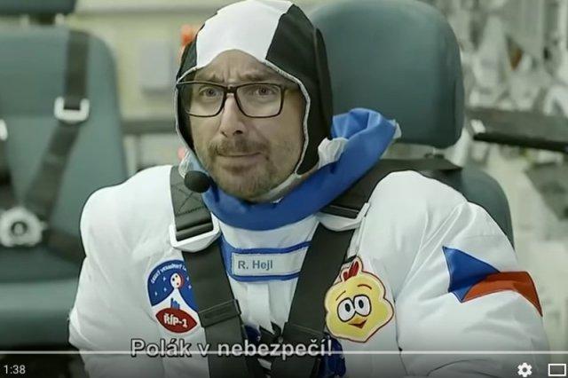"""""""Polak v nebezpečenstvie!"""". Czesi robią sitkom o tym, jak Słowianie podbijają kosmos. Można się udusić ze śmiechu"""