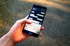 Raport ''Technologia w cuglach'' autorstwa ekspertów MK My Data przekonuje, że takie aplikacje  jak WhatsApp, Signal czy Telegram nienależycie chronią naszą prywatność