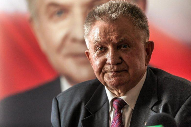 Prof. Longin Pastusiak, historyk i politolog, były poseł i senator, to jeden z najbardziej znanych znawców spraw amerykańskich w Polsce