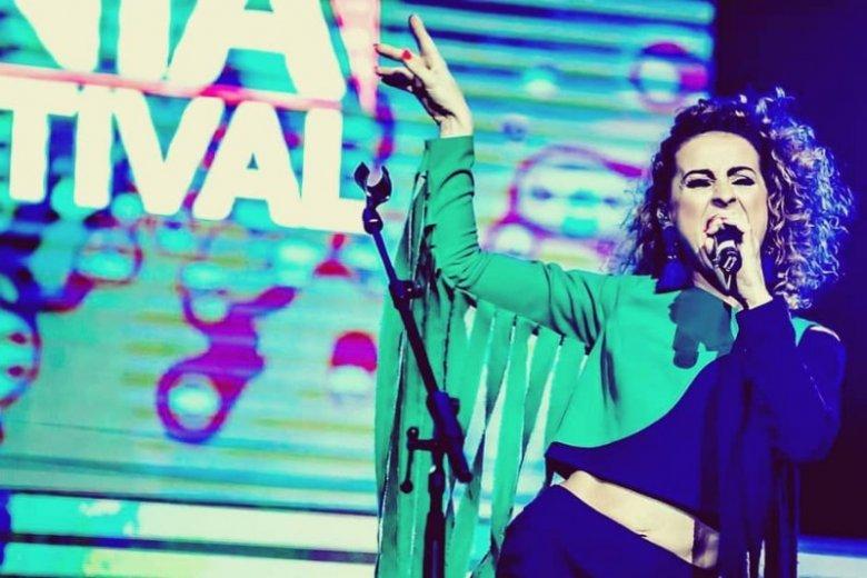 Joanna Kozak, wokalistka zespołu Farba