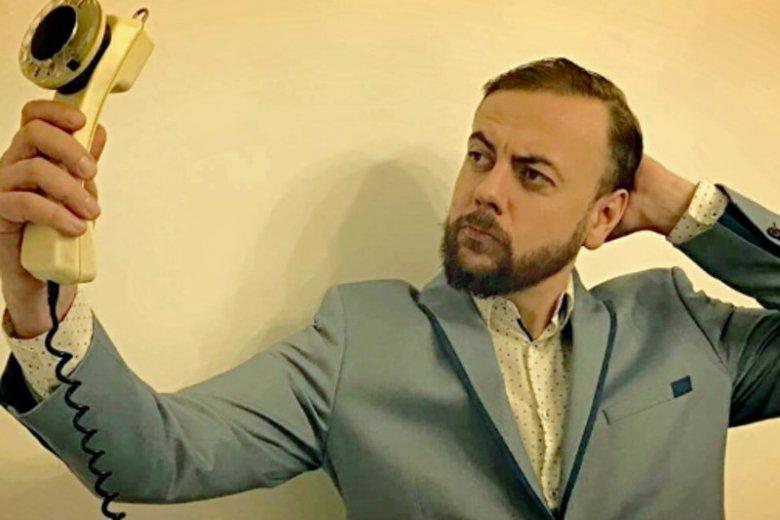 Michał Migała prowadzi na antenie radiowej Trójki dwie audycje.