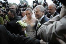 Ślub Aleksandry Kwaśniewskiej relacjonowali nie tylko dziennikarze plotkarskich mediów, ale i europoseł SLD Marek Siwiec na Twitterze