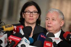Rzeczniczka PiS Beata Mazurek wie, jak się podlizać prezesowi Jarosławowi Kaczyńskiemu