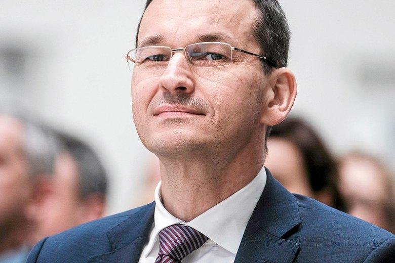"""Mateusz Morawiecki nie martwi się tym, że USA utrzymują obowiązek wizowy dla Polaków. Jego zdaniem, zniesienie wiz doprowadziłoby do """"kolejnego exodusu""""."""