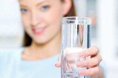 [url=http://shutr.bz/1aLya2E] Picie wody [/url] jest prostym sposobem na zapobieganie problemom z pęcherzem.