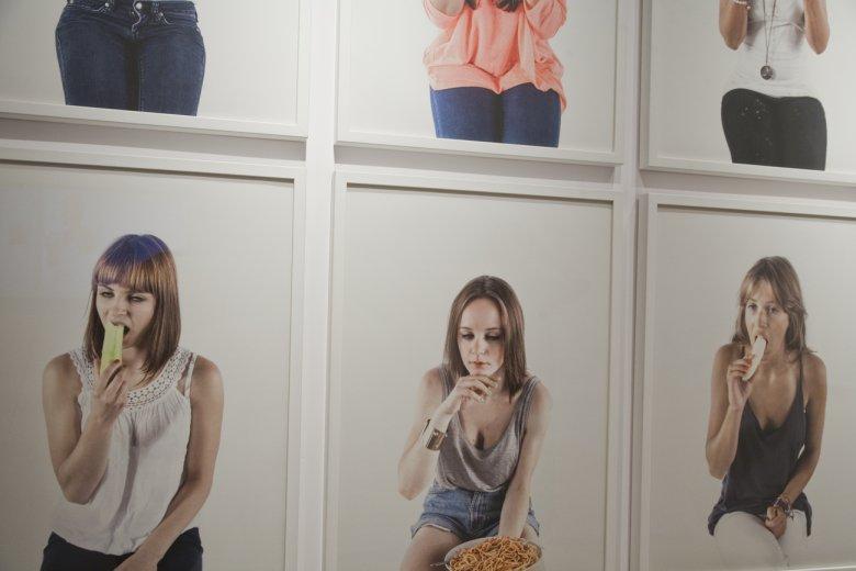 Karol Komorowski, Koleżanki, Lookout Gallery