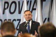 Andrzej Duda ma obiecać Polakom wcześniejsze emerytury.