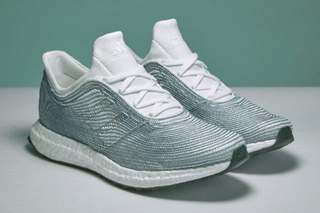 """""""Adidas x Parley"""" to kolekcja butów, do których produkcji posłużyły śmieci wyłowione z oceanów. Mają być dostępne w ogólnej sprzedaży"""