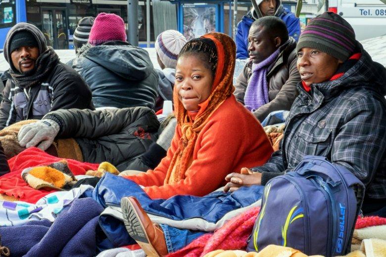 Niemcy zastanawiają się, gdzie rozmieścić przybywających do kraju uchodźców