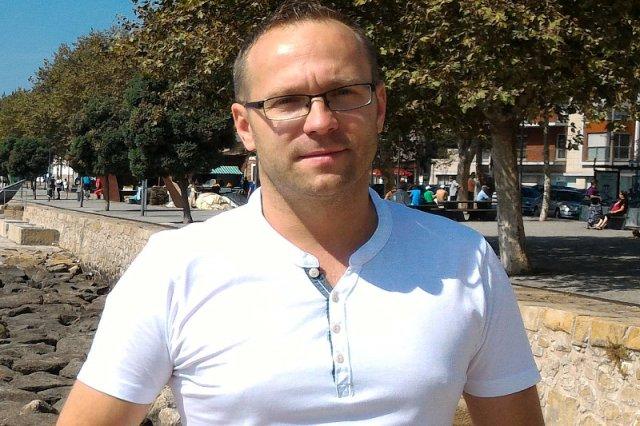 """Polak ze Szwecji Krzysztof Sztwiertnia odpowiada na twierdzenia o szwedzkich """"strefach szariatu"""""""