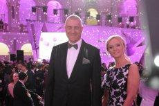 ROman Giertych deklaruje, że zapłaciłby 1000 razy więcej, żeby uczcić godnie urodziny żony.