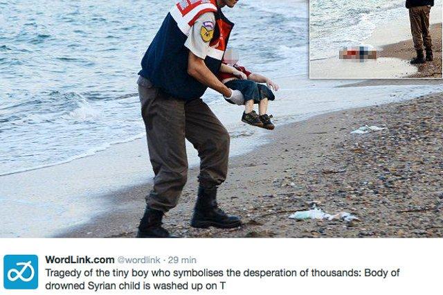 Wykonane w pobliżu tureckiego miasta Bodrum zdjęcie przypomina o tragicznej sytuacji, w jakiej znajdują się uciekający przed wojną Syryjczycy