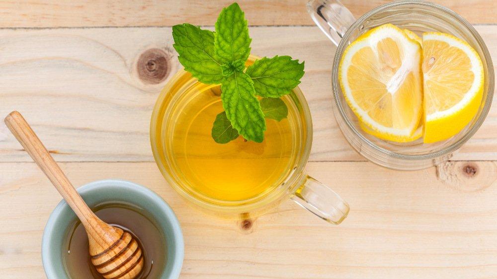 Najlepiej zrobić ją samemu kupując oddzielnie zieloną herbatę, cytrynę i miód. Taka mieszkanka jest bezcenna w chorobie.